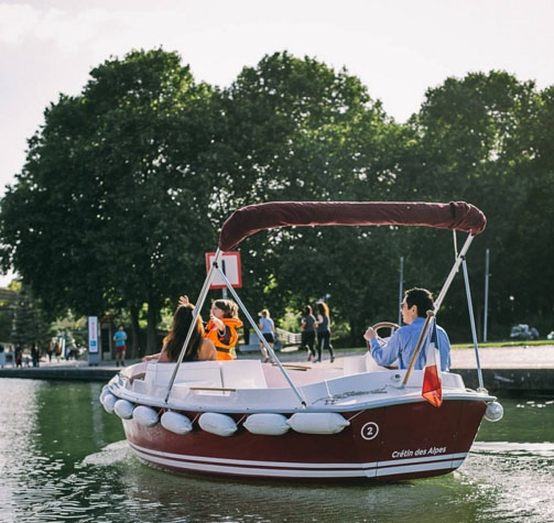 bateau-electrique-MOST-ruban-bleu-1