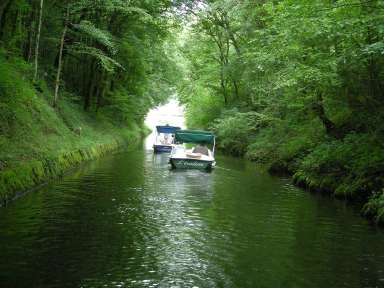Le nivernais en bateau électrique