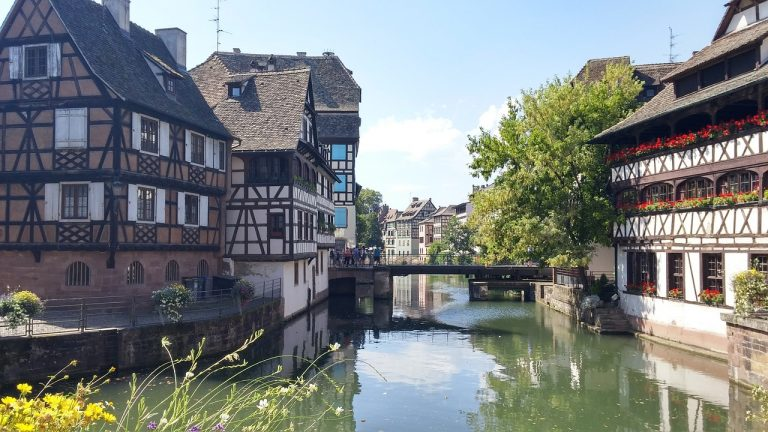 Strasbourg en bateau électrique